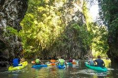 Kayak fahren in krabi 5 Stockfoto