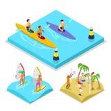 Kayak isometrico, praticare il surfing e beach volley di attività all'aperto Stile di vita e ricreazione sani Immagini Stock