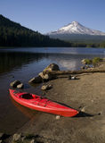 Red Kayak Trillium Lake Sport Recreation Mt Hood. Kayak On Trillium Lake At Mount Hood Stock Photo