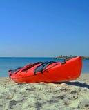 Kayak rouge photographie stock