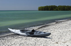 Kayak on the Shoreline Royalty Free Stock Photography