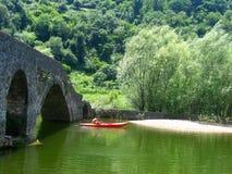 Kayak sul fiume nel Montenegro Fotografie Stock
