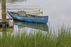 Kayak sur la rivière Photos libres de droits
