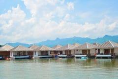 Kayak sur le lac Photos stock