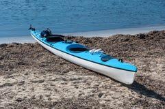Kayak sur une plage dans Majorca Images libres de droits