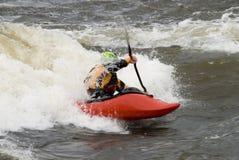 kayaker фристайла стоковые фотографии rf