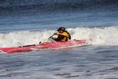 Kayaker in actie Stock Afbeelding