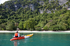 Kayaker de relaxamento Foto de Stock