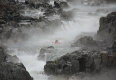 Kayaker no Rio Potomac fotos de stock