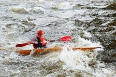 Kayaker op rivier Vuoksi Royalty-vrije Stock Fotografie