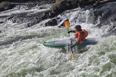 Kayaker w whitewater Obraz Royalty Free