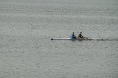 Kayakers auf dem Fluss Oka in Mittel-Russland Stockbild