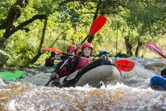 Kayakers da água branca Imagens de Stock Royalty Free