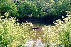 Kayakers op de Kleine Rivier van Miami buiten Cincinnati royalty-vrije stock afbeeldingen