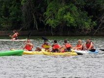 Kayakers sur le fleuve Potomac photo libre de droits