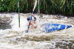 kayaking λευκό ύδατος Στοκ Εικόνες