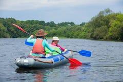kayaking ποταμός Στοκ φωτογραφία με δικαίωμα ελεύθερης χρήσης
