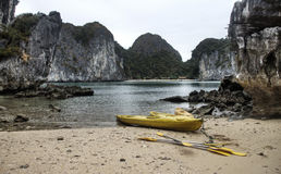 Kayaking au Vietnam photographie stock