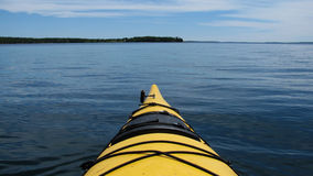 Kayaking dans Maine Photo stock