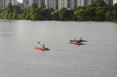 Kayaking em Austin Texas do centro Imagens de Stock