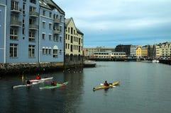 Kayaking en Norvège Photographie stock