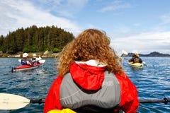 Kayaking Kachemak Podpalany pobliski homer Alaska obraz stock