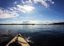 Kayaking in mare Fotografia Stock