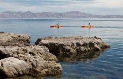 Kayaking na morzu Cortez Fotografia Stock