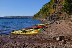 Kayaking na przylądka bretończyka wyspie Obrazy Royalty Free
