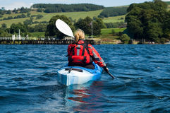 Kayaking no lago Windermere Imagem de Stock Royalty Free