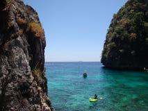Kayaking no mar de Andaman Imagens de Stock Royalty Free