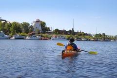 Kayaking no rio em Fredericton Imagens de Stock Royalty Free