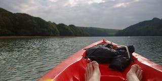 Kayaking och gyckel Fotografering för Bildbyråer