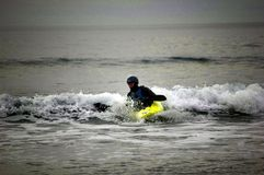 Kayaking op de zuidwestenkust Devon Royalty-vrije Stock Fotografie