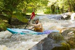 kayaking vattenwhite Arkivfoton