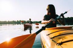 Kayaking wpólnie zdjęcie royalty free