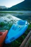 Kayaks на озере Стоковое Изображение RF