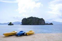 kayaks пляжа Стоковое Изображение RF