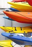 Kayaks colorés, Photographie stock libre de droits