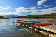 Kayaks on Dock - Jasper National Park, Alb Royalty Free Stock Photo