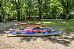 Kayaks l'affitto Fotografia Stock Libera da Diritti