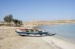 Kayaks sur la plage de Pori Photo stock