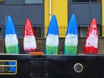 Kayaks sur le mur Images libres de droits