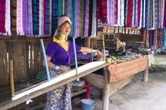 Kayan Lawhi Thailand einheimische Dame lizenzfreie stockfotos