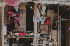 Kayan-Stamm, Kayan Dame in Kayan-Dorf, Kayah-Zustand, Myanmar Lizenzfreie Stockfotos