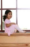 Kayla por la ventana 2 Fotos de archivo