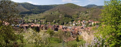 Kaysersberg, panorama du village Photo libre de droits