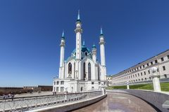 Kazab Sharif Mosque i Sunny Summer Day royaltyfria bilder
