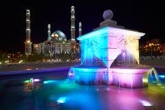 kazakhstan för astana avenyhuvudcentral cityscape sommar 2010 Astana är huvudstaden av Kasakhstan arkivfoto