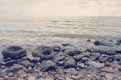 kazakhstan wschodni brzeg jeziorny skalisty zdjęcia royalty free